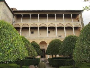 Italian balcony - building inspiration